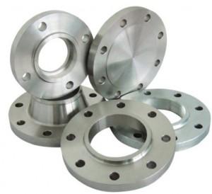 Фланцы от компании Анмет: обязательный элемент при монтаже трубопроводов.